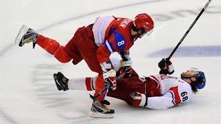 getlinkyoutube.com-Biggest Hockey Hits Ever