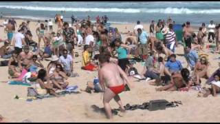 getlinkyoutube.com-Bondi Beach Gets Flipped! Towel Surfing - Flip Video Flash Mob