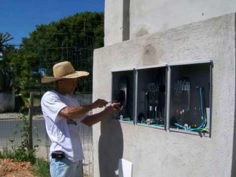 82. ELETRICIDADE - INSTALAÇÃO DE PADRÃO DE ENTRADA DE ENERGIA ELÉTRICA (QUADRO MEDIDOR) - 3° A
