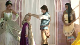 getlinkyoutube.com-Rapunzel becomes 10th Disney Princess with procession and coronation ceremony in London palace