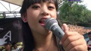 ALIFSTA Setangkai Bunga Padi Dea & Ayu Feat OMBE width=