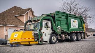 getlinkyoutube.com-Mack LE - Heil DuraPack Half/Pack Garbage Truck
