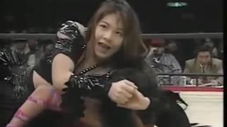 WWE Minami Suzuka, Reggie Bennett v Inoue Takako, Inoue Kyoko 1 2