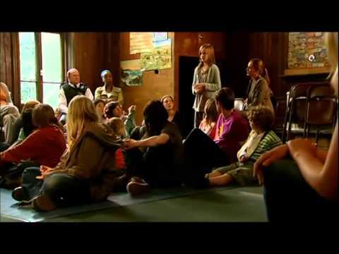 Summerhill / Demokratická škola - Podle skutečnosti - GB, 2008 - český dabing - celý film