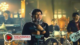 getlinkyoutube.com-Wali Band - Doaku Untukmu Sayang - Official Music Video - NAGASWARA