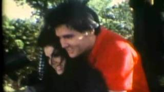 getlinkyoutube.com-Lisa Marie and Elvis Presley - Dance with my father again