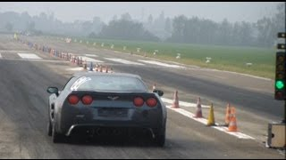 getlinkyoutube.com-Corvette C6 ZR1 vs FIAT Uno Turbo: drag races + launches