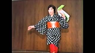 getlinkyoutube.com-下部温泉・「島育ち」ー大人気!仲居さんの踊り