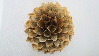 getlinkyoutube.com-Papierkranz aus Buchseiten * Paper Dahlia Wreath * Anleitung