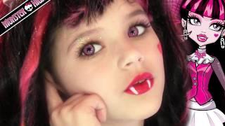 getlinkyoutube.com-Draculaura Monster High Doll Costume Makeup Tutorial for Halloween