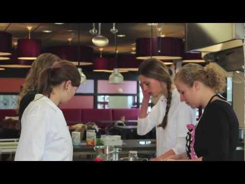 Aardappel-fruit-kroket Bachelor's Award 2013 Voedingscentrum HD