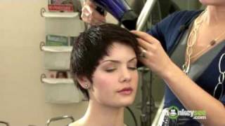 getlinkyoutube.com-Short Hair Style - Audrey Hepburn Crop
