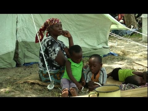 UNICEF Spotlight: Mozambique floods, Bangladesh nutrition, School for Syrian refugee children