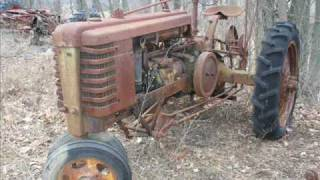 getlinkyoutube.com-Old Farm Tractors in Junk Yards