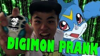 getlinkyoutube.com-「周街Chok數碼暴龍機!」| 香港地整蠱 | Digimon Prank in Hong Kong