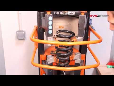 MITSUBISHI L200 Pickup - FRONT - Передние амортизаторы KYB установка