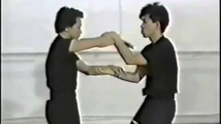 getlinkyoutube.com-Very good Wing Chun Sticky hand technique with Sifu Chow,