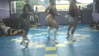 getlinkyoutube.com-coreografia treinamento do bumbum.