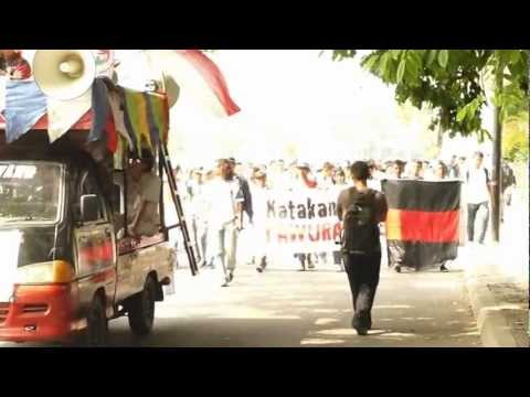Aksi Damai Stop Tawuran Antar Pelajar Menuju Bunderan HI