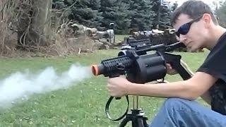 getlinkyoutube.com-ICS M32 MGL Shooting Airsoft (King Arms 40mm)