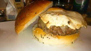 getlinkyoutube.com-Cheeseburger With Duck Breast Bacon - The Punkrock-Kitchen (even Punks have a good taste)