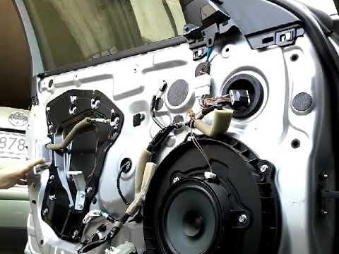 Как снять извлечь заменить стекло передней двери INFINITI Q50 zamiana szyby drzwi przod!