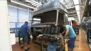 getlinkyoutube.com-Mercedes Benz new ACTROS 2011 trucks Production Plant Worth