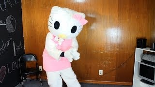 getlinkyoutube.com-Hello Kitty TWERKS! (Yoncé) #Beyhive @TheKingOfWeird