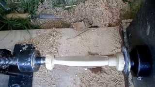 getlinkyoutube.com-como fazer isca artificial de madeira ( parte 1)