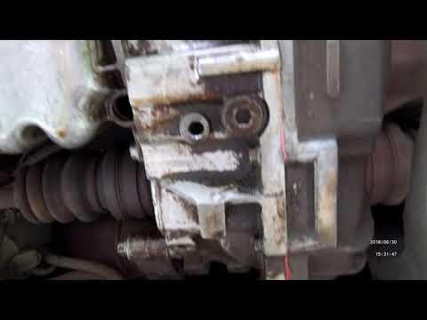 Расположение у Opel Combo сальника коленвала