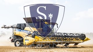 "getlinkyoutube.com-SkaberNäs - 3x New Holland CR 10.90 ""World's largest combines"" in Sweden"