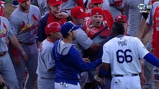 getlinkyoutube.com-Puig plunked in 3rd, benches clear