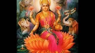 Sowbhagya lakshmi ravama - Lakshmi aarti with lyrics