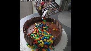 getlinkyoutube.com-le Gravity Cake M&M's   /  gâteau suspendu