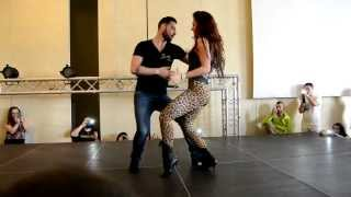 getlinkyoutube.com-Daniel y Desirèe [Sexy Bachata] @ Bachata Day 2014