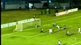 "Arquero ""fantasma"" del Aparecidense evita un gol"