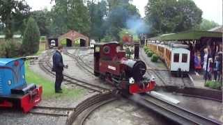 getlinkyoutube.com-Longleat Safari Park Railway Jungle Express Narrow Gauge Steam & Diesel Trains, August 2011