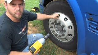 getlinkyoutube.com-Dewalt DCF899 Impact wrench (Will it remove lug nuts from semi truck?)