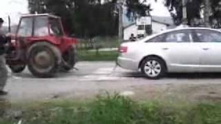 getlinkyoutube.com-Audi A6 vs Traktor
