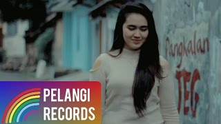 getlinkyoutube.com-Almaheera - Janda Anak Satu (JAS) |  (Official Music Video)
