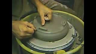 getlinkyoutube.com-Pottery Pod: How to make a Bonsai pot