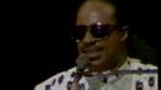 getlinkyoutube.com-Stevie Wonder - I was made to love her - LIVE London Part 12