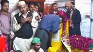 getlinkyoutube.com-Lal Shahbaz Qalandar Ki Dargah Ka Hajj 4/5