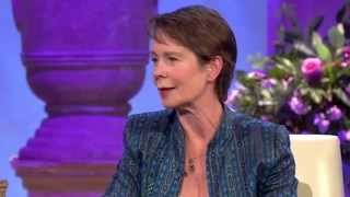 getlinkyoutube.com-Celia Imrie's Special Attributes - The Alan Titchmarsh Show