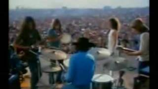 getlinkyoutube.com-Jefferson Airplane -Somebody to love , White rabbit (live at Woodstock)