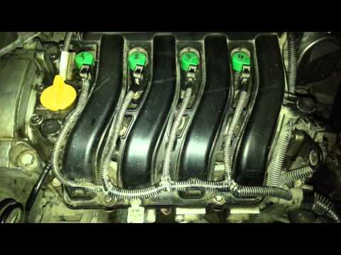 Крышка двигателя рено меган 2