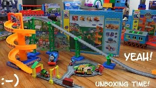 getlinkyoutube.com-Thomas & Percy's Carnival Adventure Take N Play Set Unboxing with Maya Girl
