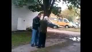 getlinkyoutube.com-DUDE GETS KNOCKED OUT FOR TALKING SHIT TO OLD MAN