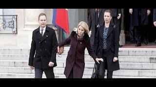 getlinkyoutube.com-وقوع رئيسة وزراء الدنمارك في موقف محرج بباريس