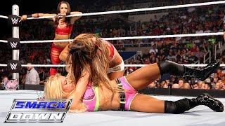 getlinkyoutube.com-Becky Lynch & Charlotte vs. Nikki Bella & Brie Bella: SmackDown, Aug. 27, 2015
